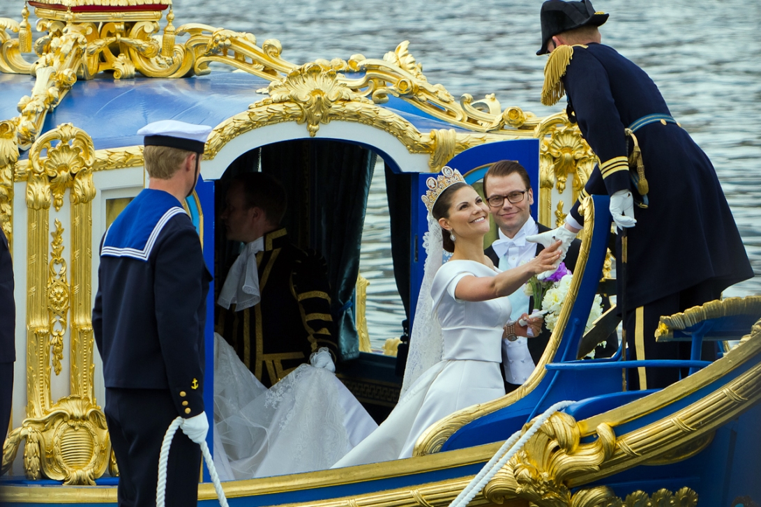 Princess-Victoria-Swedish-Royal-Wedding-June-2010