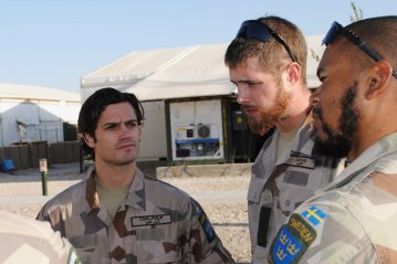 """""""Prince Carl Philip completed his military service with the Amphibious Battalion of Vaxholm's Coast Artillery Regiment and is trained as a combat boat commander (combat boat 90). ... Prince Carl Philip became a Sub-Lieutenant in the Royal Swedish Navy and went on to become a Lieutenant in December 2004."""" - kungahuset.se"""
