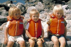 #tbt: the three young Dutch Princes on holiday in Italy, 1973