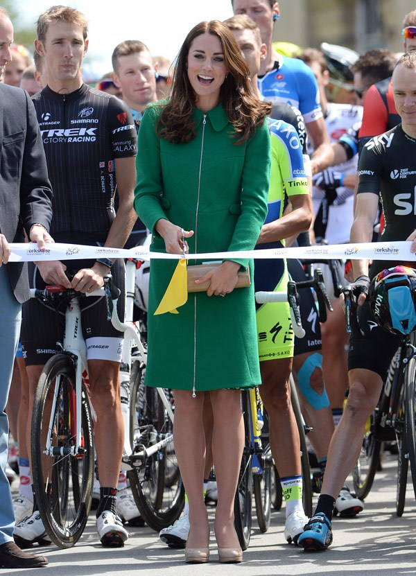kate-middleton-tour-de-france-green-dress-spl