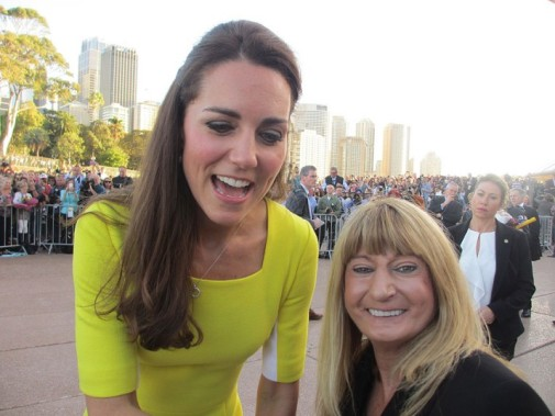 royal_kate_selfie_2884574k