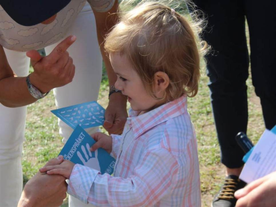 Princess Estelle of Sweden Sign Language